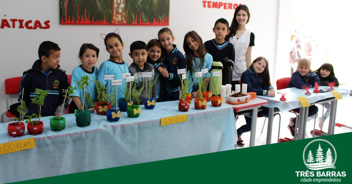 Cyríaco Felício de Souza é a segunda escola municipal a sediar a Feira do JEPP