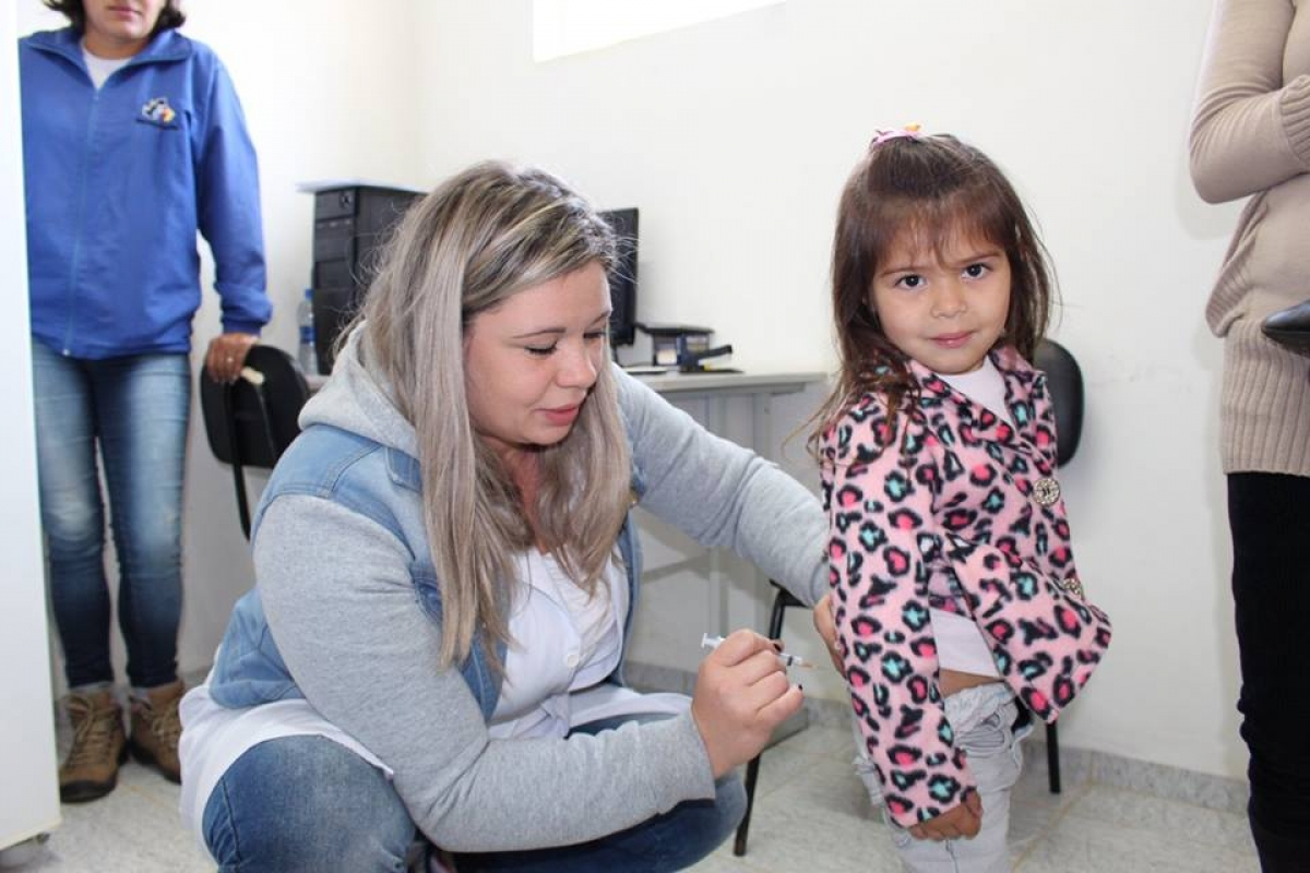 """Dia """"D"""" eleva para 66,32% a cobertura vacinal contra a gripe em Três Barras"""