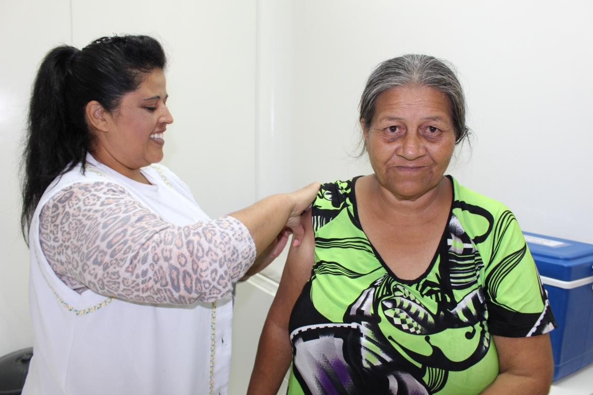 Encerrada a campanha: Três Barras vacina mais de 94% do público alvo contra a gripe