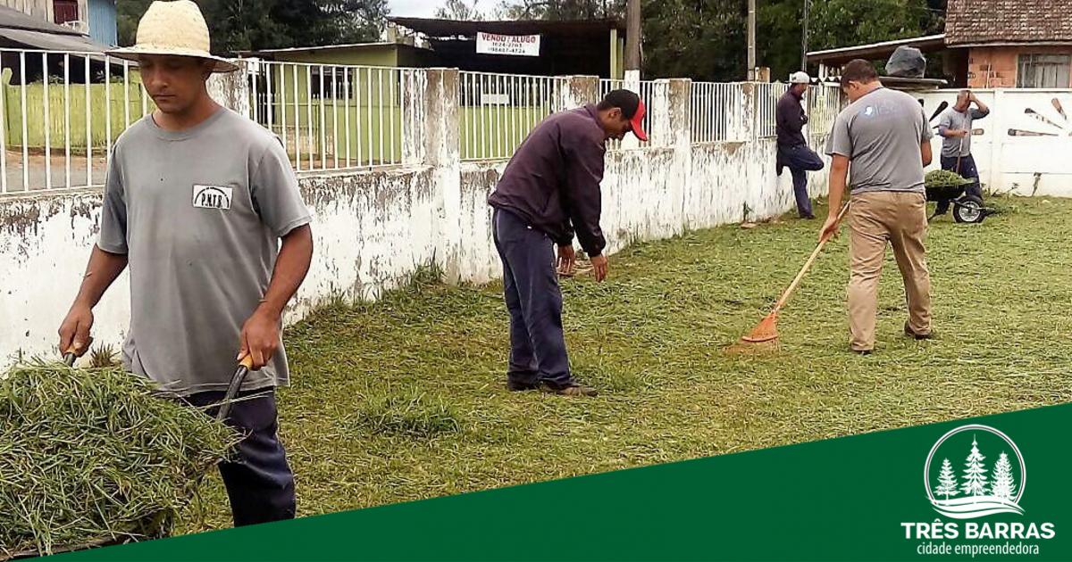 Equipe da Intendência realiza limpeza pública e melhorias no São Cristóvão