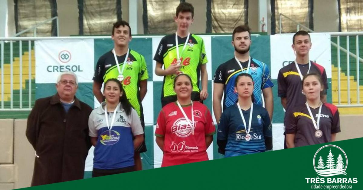 Equipe tresbarrense conquista três medalhas no 38° Torneio Estadual de Tênis de Mesa