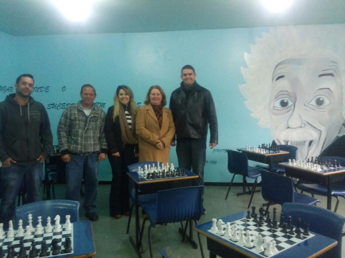 Escola João Pacheco de Miranda Lima inaugura a Sala Ambiente de Matemática