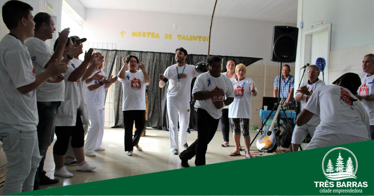 Exposição e apresentações culturais marcam 1ª Mostra de Talentos do Caps Viva Bem