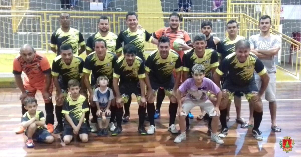 Feriado teve jogos pelo Futsal Feminino e Quarentinha