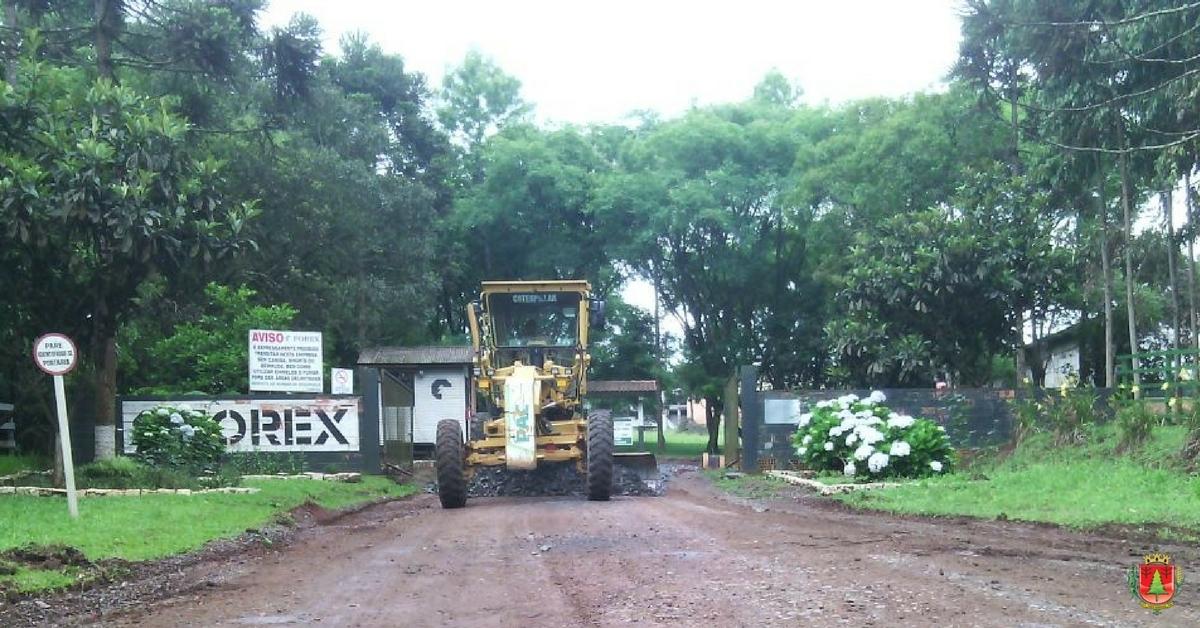 Finalizada a recuperação em estrada da localidade da Campininha