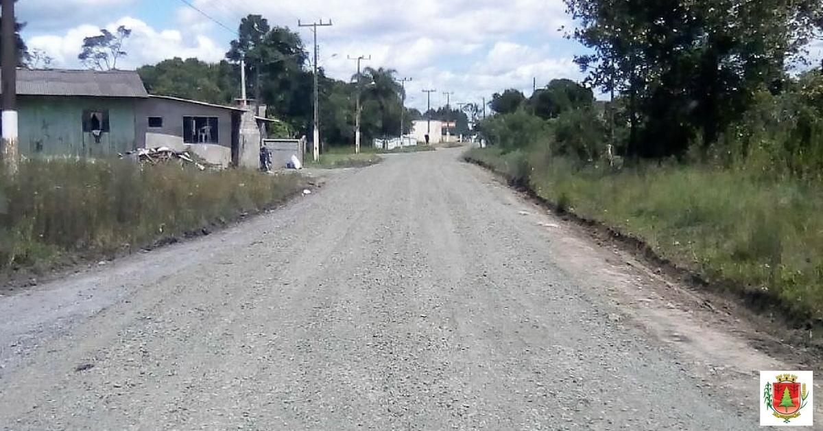 Frentes de trabalho realizam melhorias em ruas do distrito de São Cristóvão