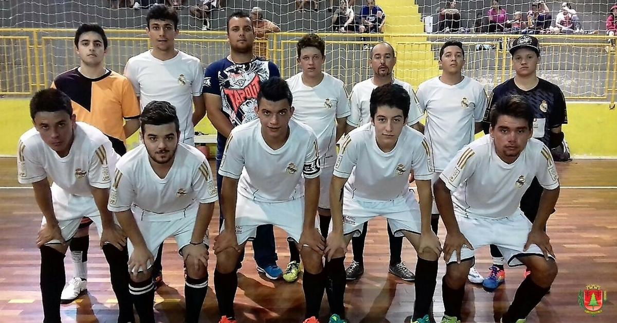 Galáticos vencem e assumem liderança da chave A do Futsal
