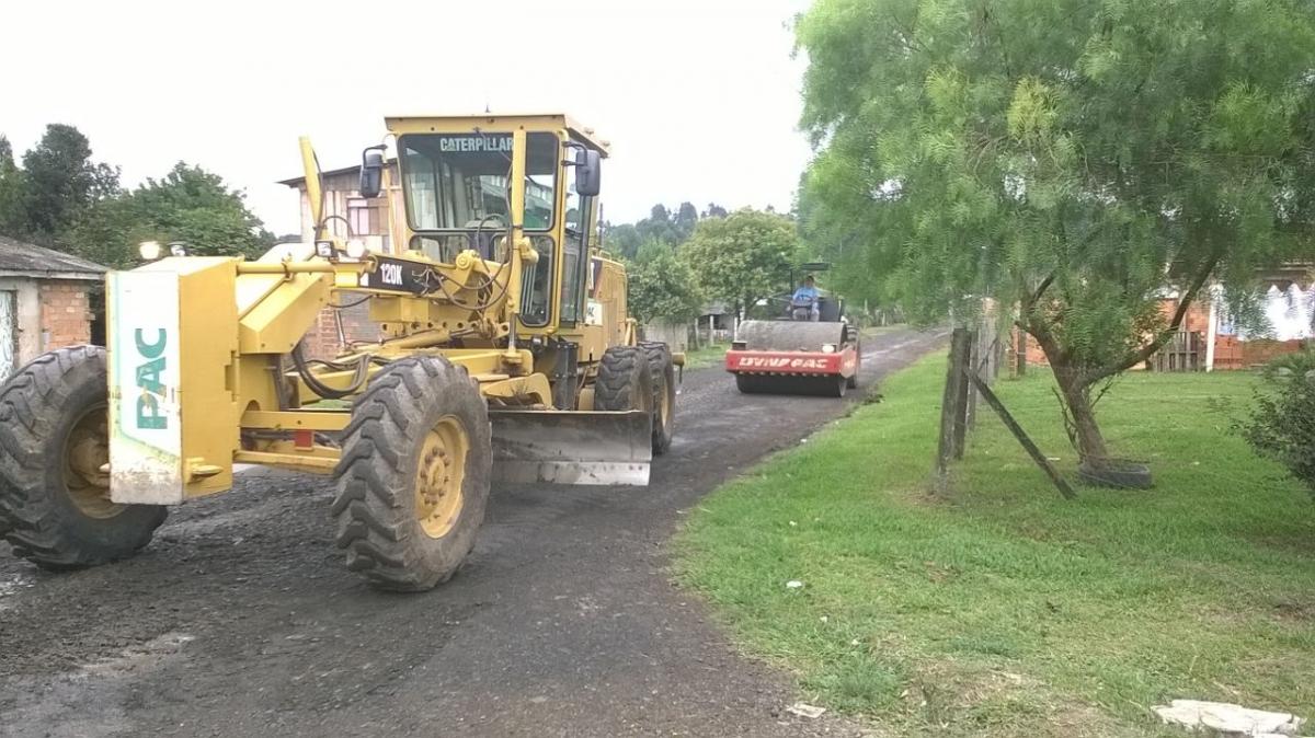 Iniciada a recuperação e limpeza de ruas no distrito de São Cristóvão