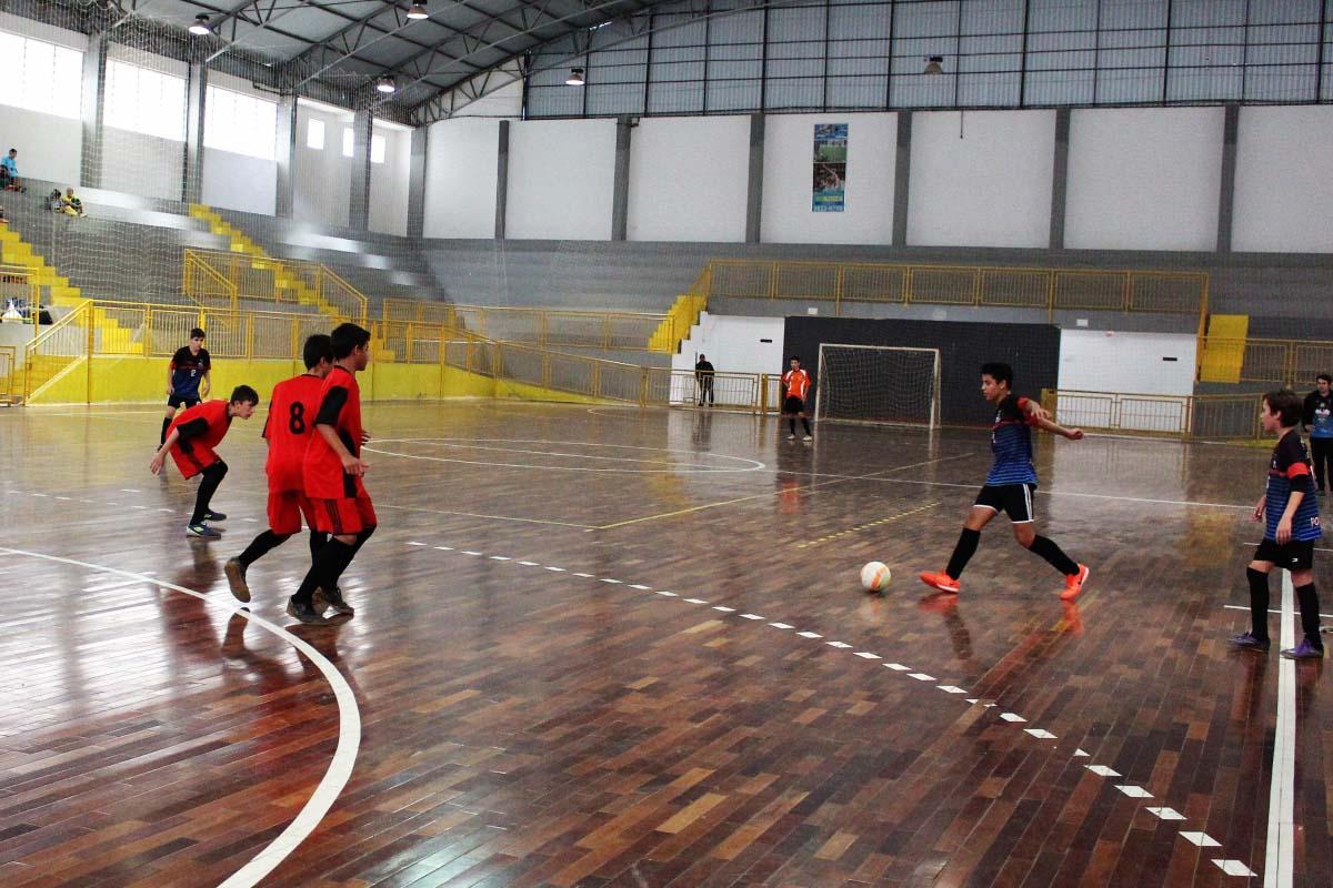 Inscrições para o Campeonato Municipal de Futsal de Três Barras começam na segunda-feira