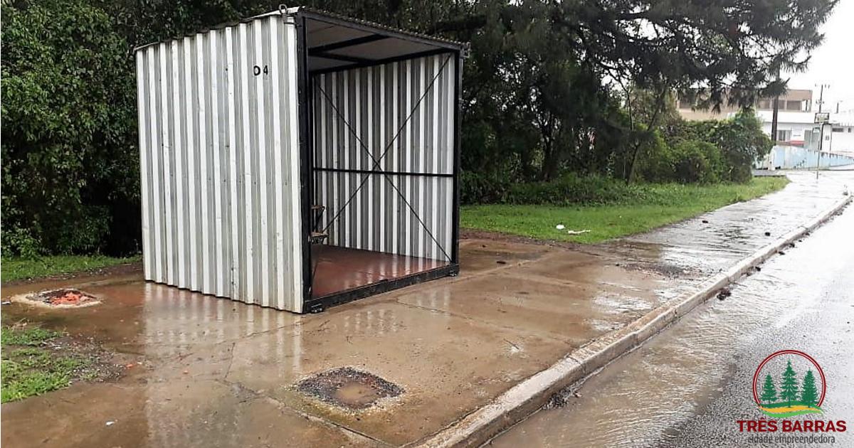 Instalado abrigo provisório no ponto próximo a ponte sobre o Rio Barra Grande; Nova estrutura será montada em até 20 dias