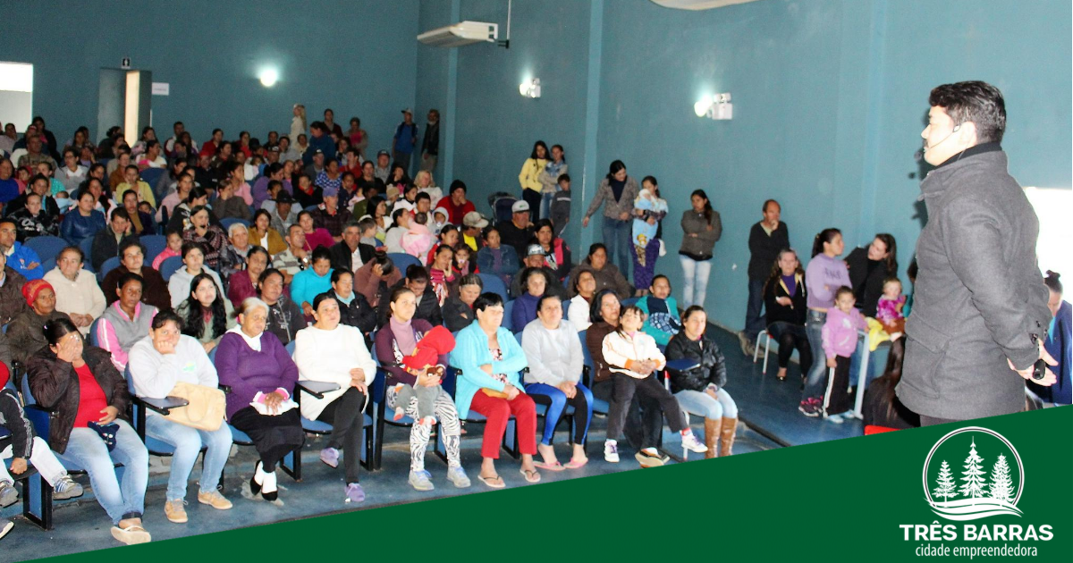 Mais de 400 pessoas acompanham palestras promovidas pela Rede