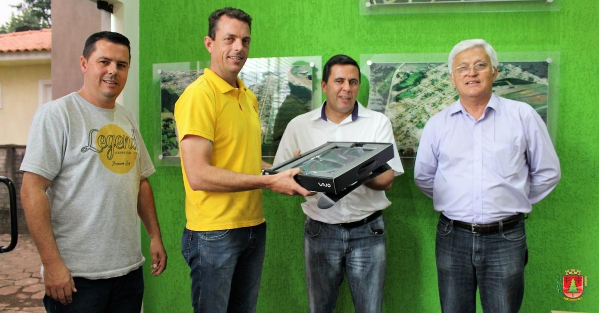 Notebook entregue pela Codeplan vai auxiliar na inspeção sanitária da região