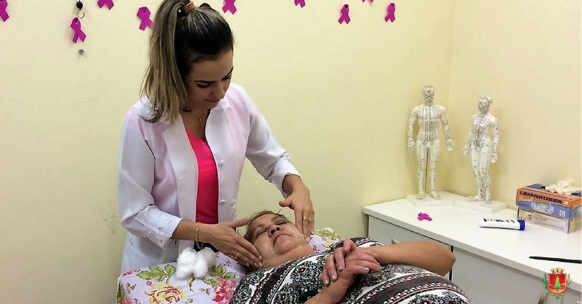 """""""Outubro Rosa"""" movimenta unidades de saúde no São Cristóvão"""