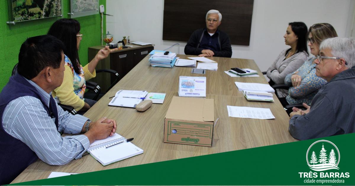 Prefeito anuncia retorno das aulas na rede municipal de ensino de Três Barras