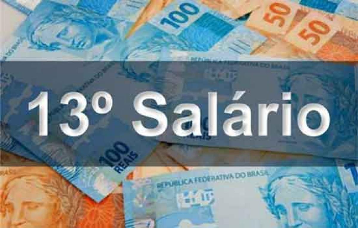 Prefeitura de Três Barras paga primeira parcela do 13° salário