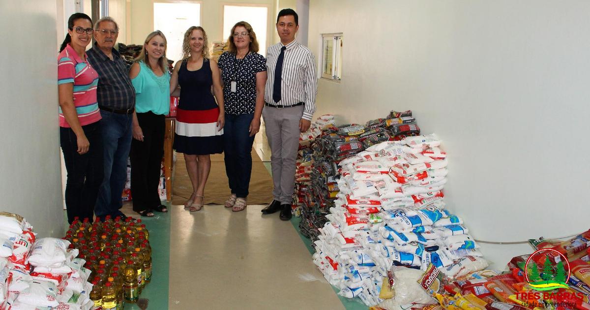 Prefeitura faz a entrega de 3.547 unidades de alimentos arrecadadas durante a Expo Três Barras