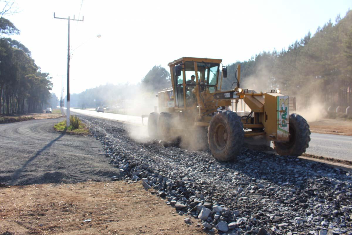 Prefeitura promove melhorias em rodovia municipal de Três Barras
