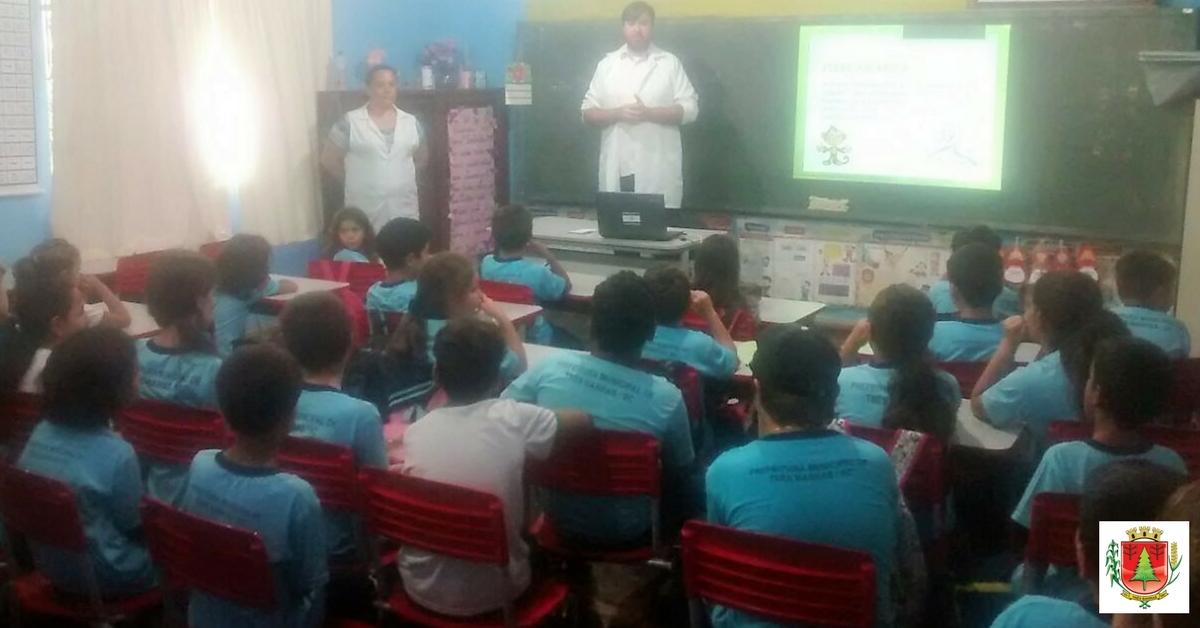 Prevenção à Dengue e Febre Amarela é tema de palestra em escola do interior