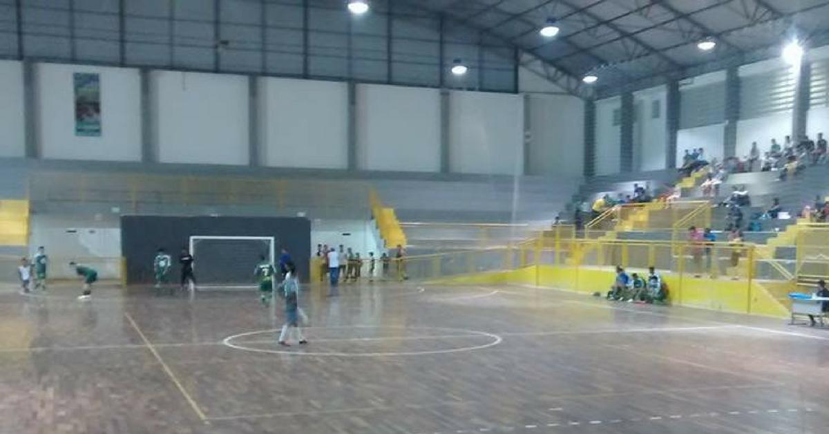 Primeira rodada do Municipal de Futsal tem 21 gols marcados