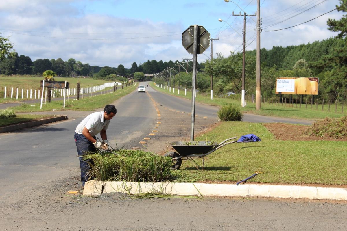 """Projeto """"Cidade Limpa"""" está em andamento em Três Barras"""