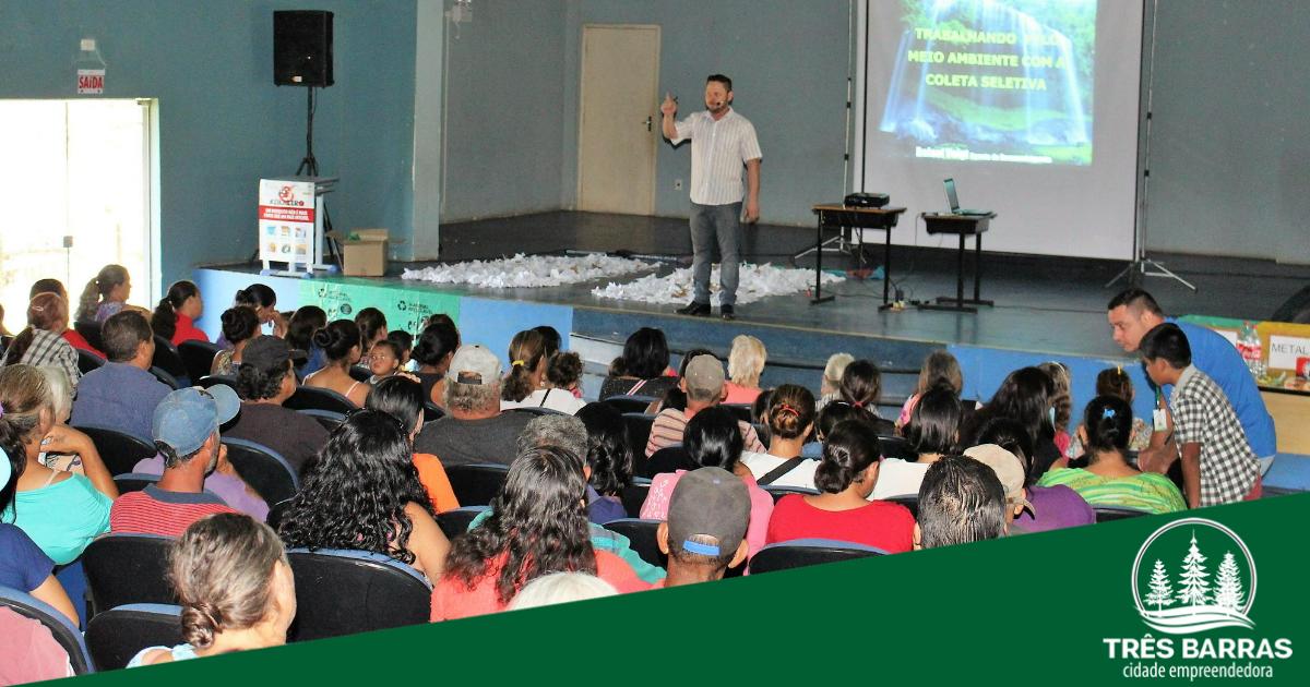 """Tema """"Reciclagem"""" fecha o ciclo de palestras com beneficiários de programas sociais"""
