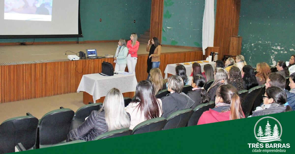 Treinamento prepara profissionais da Saúde para a chegada da Unidade Móvel Sesc Saúde Mulher